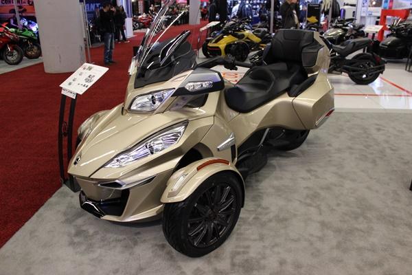 Salon Moto Montreal 2017 Adg