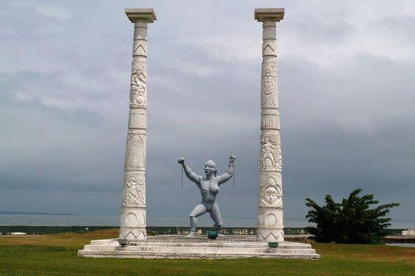 Mémorial des esclaves, Libreville (photo Franck Me