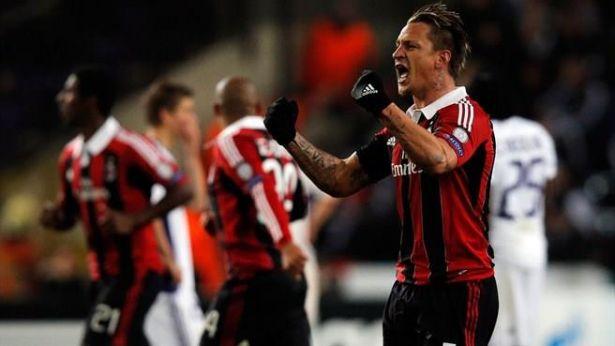 Mexes et l'AC Milan après leur victoire contre And