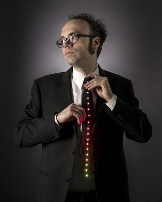 Gadget : Une cravate qui s'illumine