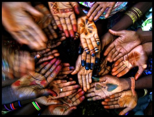 Henné au nord du Cameroun. Photo de Franck Mensah