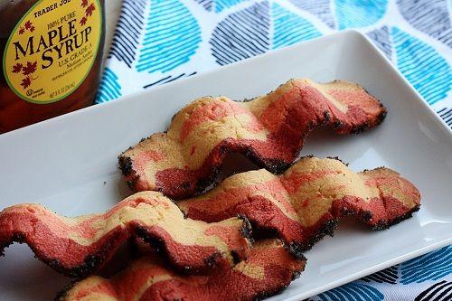 Fabriquez vous-même vos biscuits au bacon!