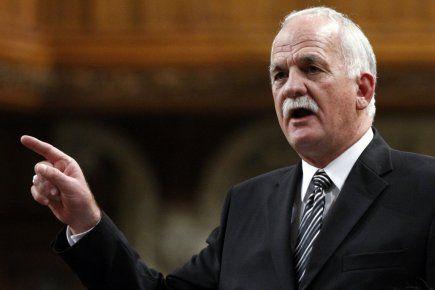 Vic Toews, ministre fédéral de la Sécurité publiqu