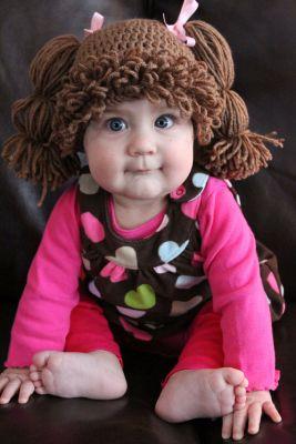 Des perruques pour bébés inspirées des poupées bou