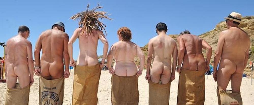 Les femmes nues autour du monde
