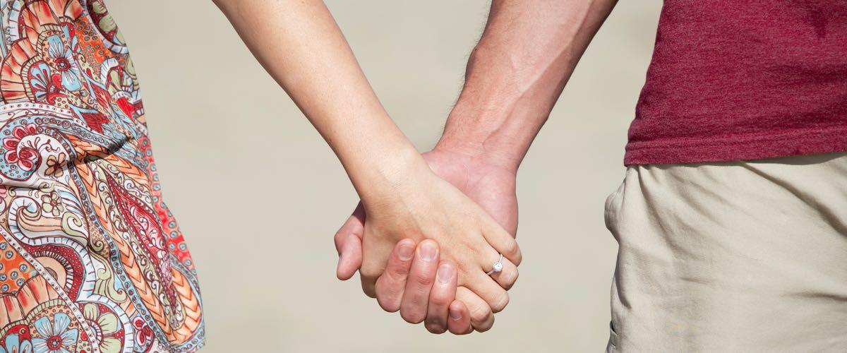 Sa main douce