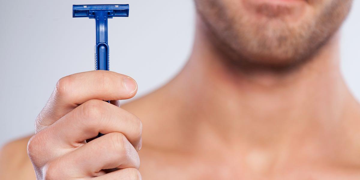 Comment se raser les poils du pénis