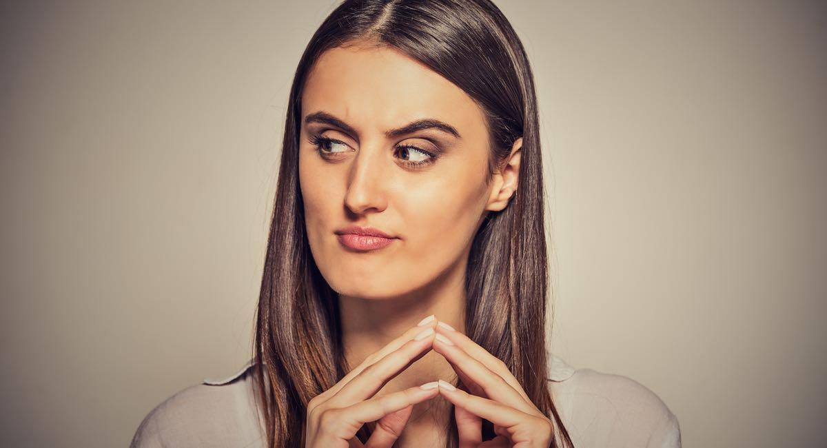 10 signes que vous sortez avec la mauvaise femme
