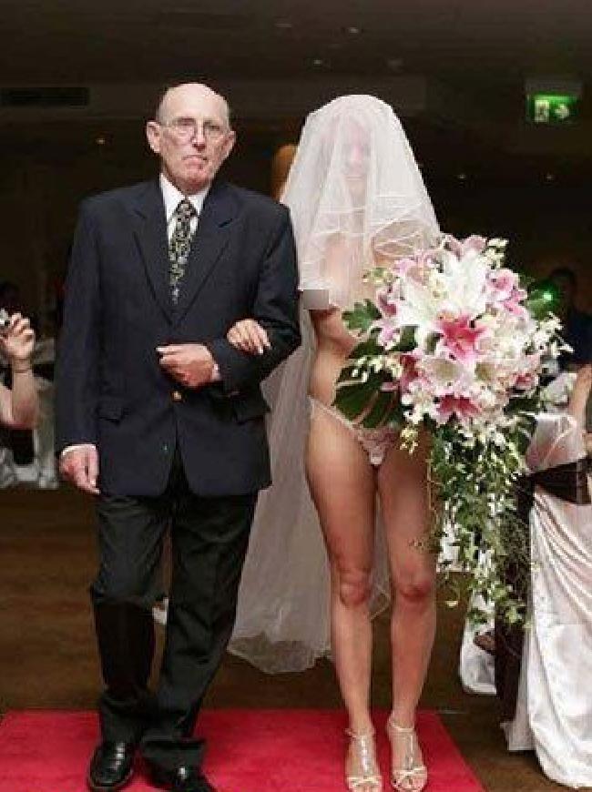 Plus Laides Robes De Mariées Adg