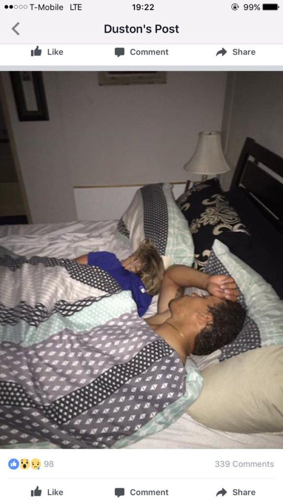 Il trouve sa blonde au lit avec un autre gars adg for Dans quel sens dormir