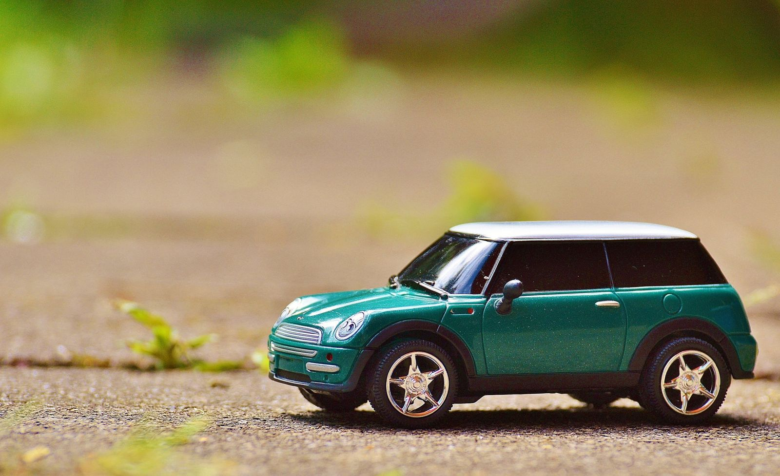usr_img/2019-09/mini-cooper-auto-model-vehicle.jpg