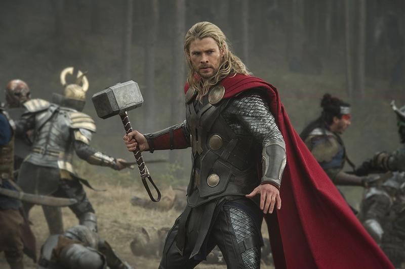Thor un monde obscur critique du film adg for Dans un miroir obscur